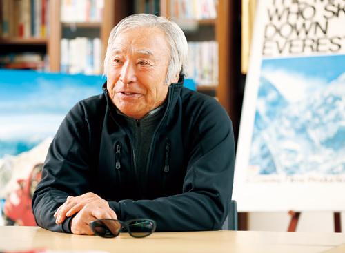 校長はプロスキーヤーの三浦雄一郎