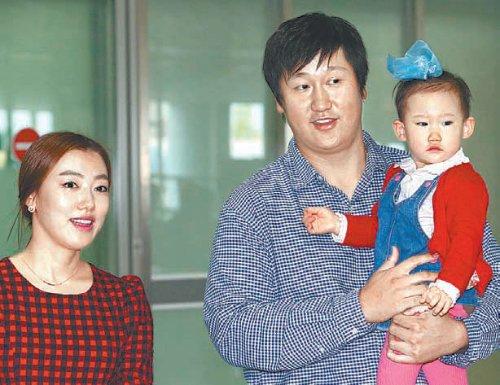 李大浩(シン・ヘジョン)