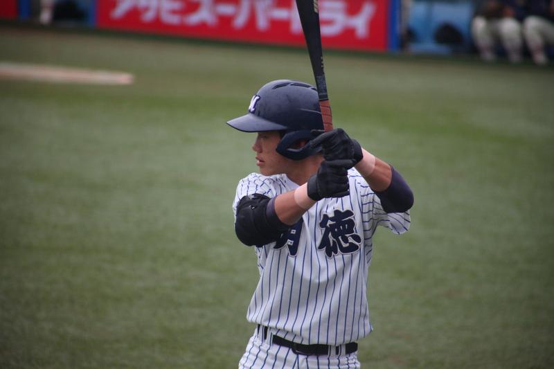 西浦颯大(明徳義塾)