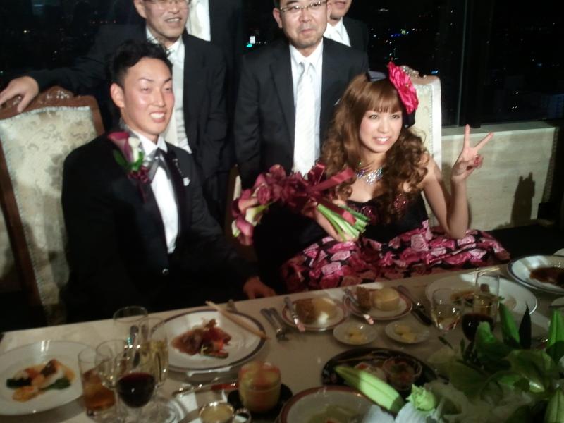 平野佳寿(オリックス)嫁
