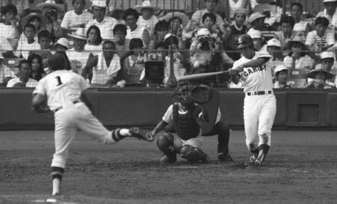 清原和博(PL学園)が記録した1大会最多の5本塁打